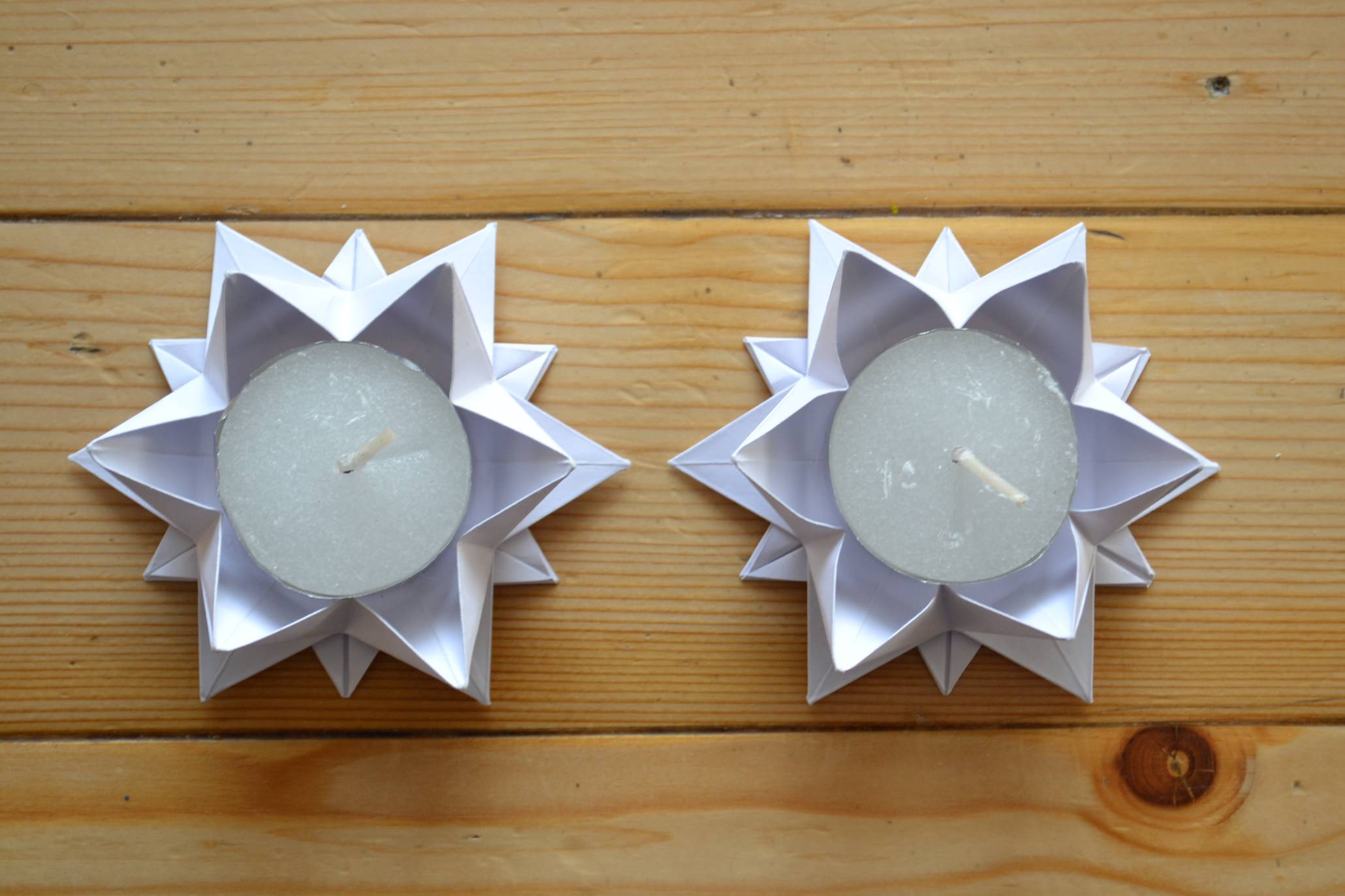 kerzenhalter in sternform falten 2 fadenspiel und fingerwerk. Black Bedroom Furniture Sets. Home Design Ideas